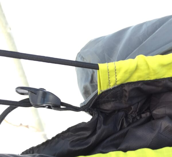 close up of the hammock suspension